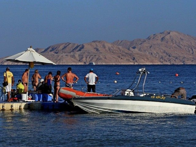 sinai tourists