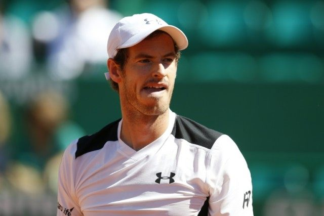 Britain's Andy Murray battled back to beat Benoit Paire of France and reach the quarter-finals of the Monte Carlo Masters on April 14, 2016
