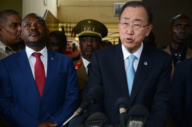 Burundian President Pierre Nkurunziza (L) stands next to UN Secretary General Ban Ki Moon (R) during a press conference on February 23, 2016 in Bujumbura