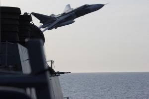 Russian jets buzz U.S. warships in the Baltic