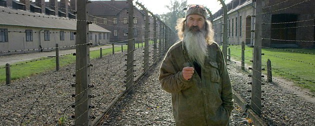 Phil Robertson appears at Auschwitz-Birkenau