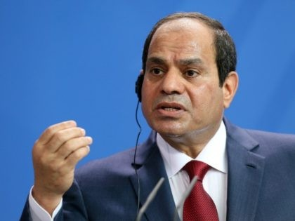 Sisi Vows 'Brute Force' Against Terrorists After Sinai Mosque Massacre