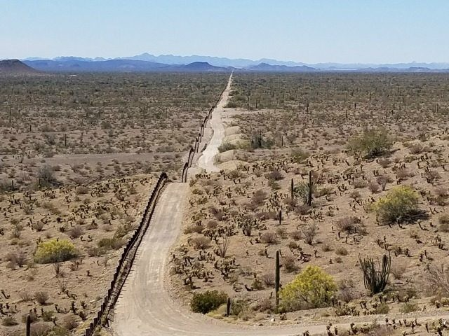border patrol in arizona As the immigration debate focuses on border security, some say that american freedoms are being compromised by interior border patrol checkpoints, like the.