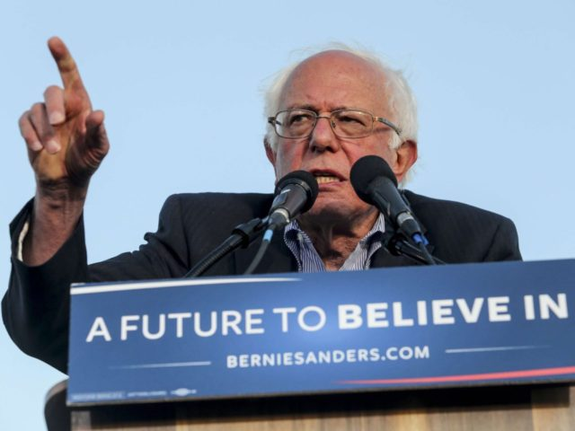 Bernie Sanders (Ringo Chiu / AFP / Getty)