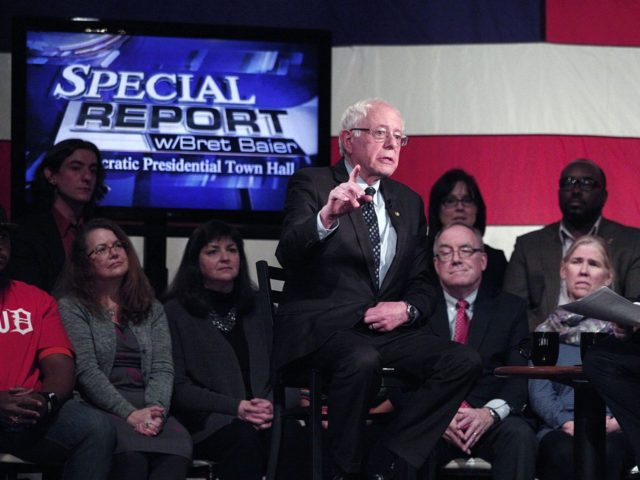 Bernie Sanders on Fox (Bill Pugliano / Getty)