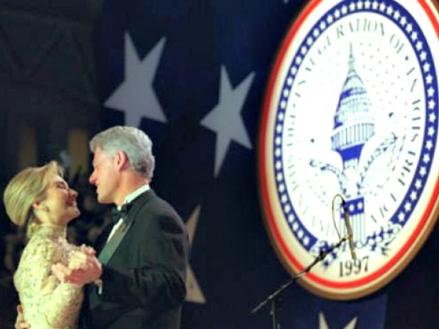 Bill-and-Hillary-Clinton-dancing-inauguration Wiki Commons