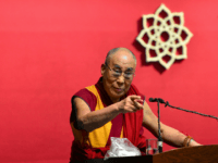 Dalai Lama Warns Against Taking Too Many Migrants, Arab Domination: 'Migrants Should Return'