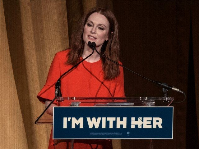 NEW YORK, NY - MARCH 2: Julianne Moore speaks during a fundraiser for Democratic presidential candidate Hillary Clinton at Radio City Music Hall on March 2, 2016 in New York City. Clinton won seven states in yesterday's Super Tuesday. (Photo by Andrew Renneisen/Getty Images)
