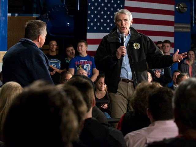 Ohio Senator Rob Portman speaks ahead of Republican presidential candidate Ohio Gov. John Kasich on March 14, 2016 in Youngstown, Ohio.