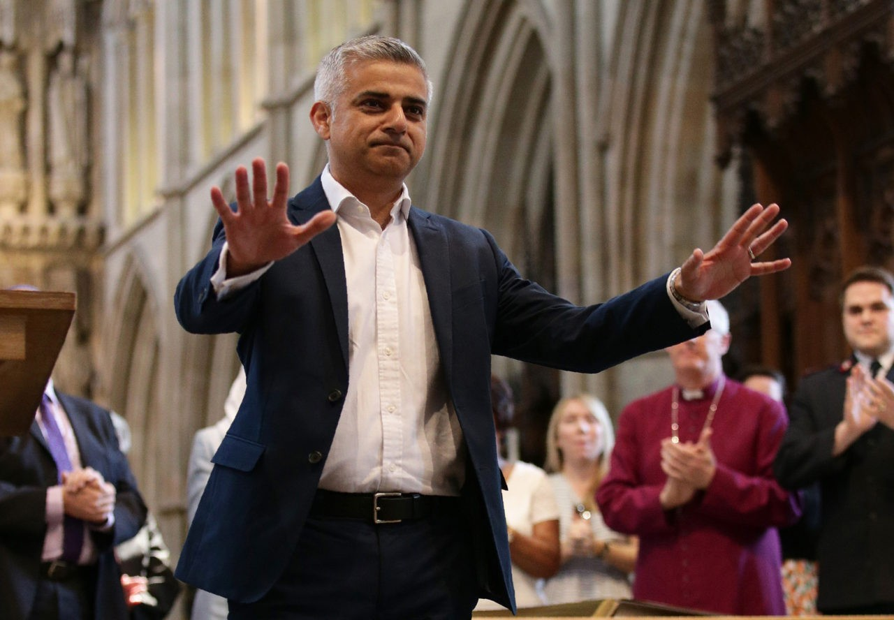 "Britain's incoming London Mayor Sadiq Khan (2R), gestures during his swearing-in ceremony at Southwark Cathedral in cental London on May 7, 2016. London's new mayor Sadiq Khan thanked voters for choosing ""unity over division"" as he was elected Saturday, becoming the first Muslim leader of a major Western capital. / AFP / POOL / Yui Mok        (Photo credit should read YUI MOK/AFP/Getty Images)"