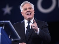 Glenn Beck Blasts Conservative Critics as 'Progressives on the Right'; Says Facebook Leans Left Because Conservatives Don't Use Social Media