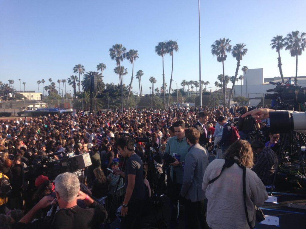 Bernie Sanders Santa Monica crowd (Adelle Nazarian / Breitbart News)