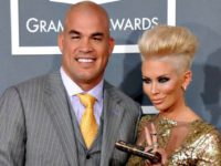 Tito Ortiz Attends Donald Trump Rally, Sports Anti-Hillary Sign