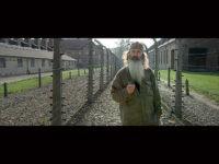 Phil-Robertson-Torchbearer-Auschwitz-Citizens-United-Glittering-Steel