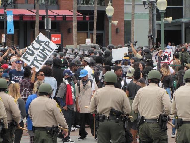 San Diego anti-Trump riot (Michelle Moons / Breitbart News)