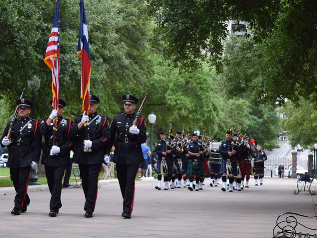 Texas Police Honor Guard followed by Pipe and Drum Corps. (Photo Courtesy: Texas Lt. Governor Dan Patrick)