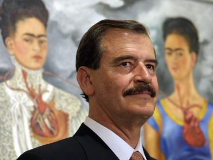 Vicente Fox and Frida Kahlo (Gabriel Bouys / AFP / Getty)