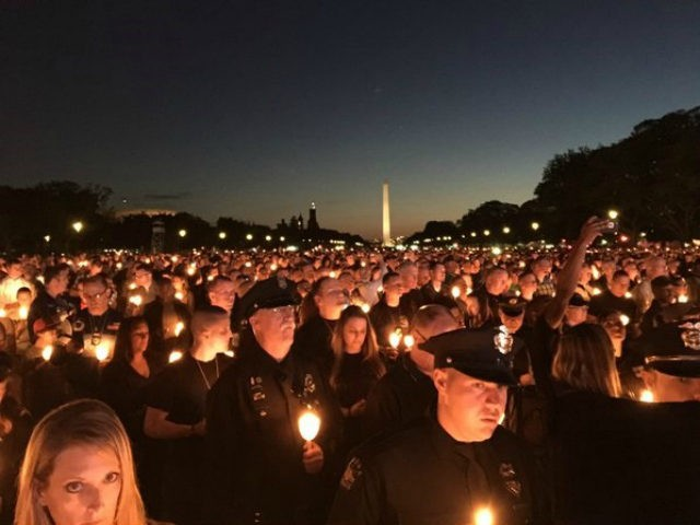 Thousands Gather on National Mall to Honor Fallen Officers