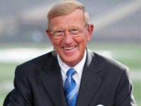 Former Notre Dame Football Coach Lou Holtz 'Wholeheartedly' Endorses Trump