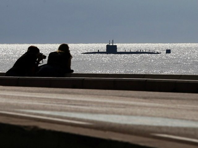 A picture shows a French nuclear submarine on October 7, 2014 in Nice.