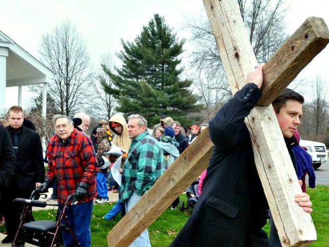 Christians Under Attack in US Warren DillawayThe Star-Beacon via AP