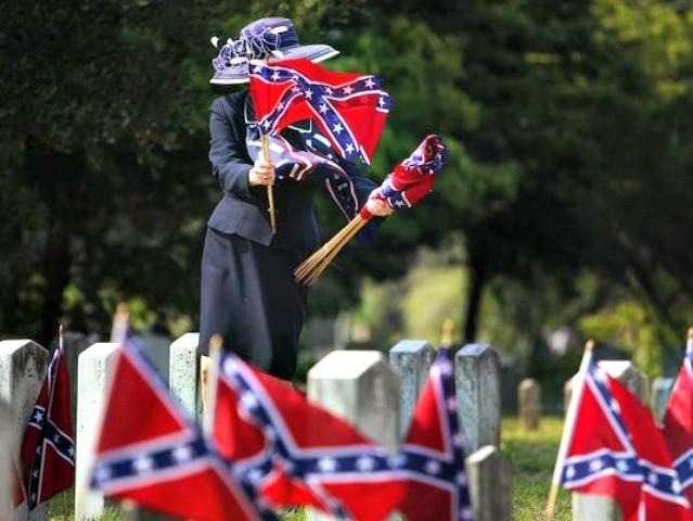 Confederate Flags for Sale Grace Beahm, AP