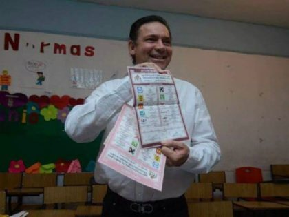 Former Tamaulipas governor and USDOJ fugitive voting in Mexico