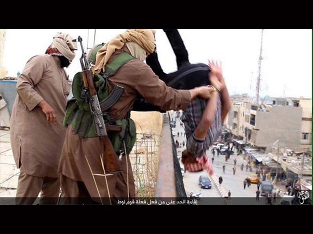 ISIS-executing-gay-man-Fallujah