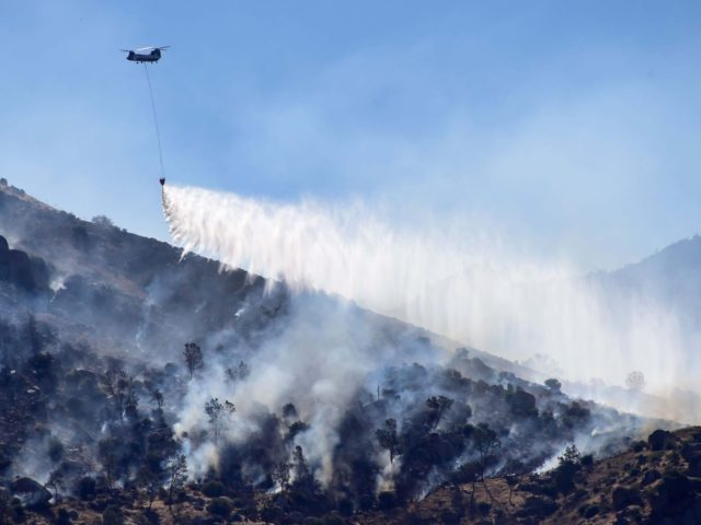 Kern County fire (Frederic J. Brown / AFP / Getty)