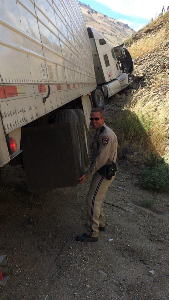 Officer Christolear (Adelle Nazarian / Breitbart News)
