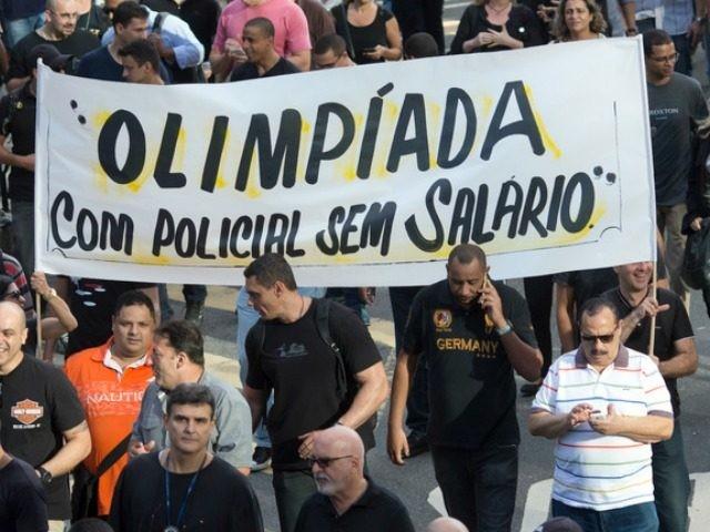 Rio Police Strike
