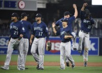SAN DIEGO, CALIFORNIA - JUNE 2: Seattle Mariners celebrate after beating the San Diego Padres 16-13 in a baseball game at PETCO Park on June 2, 2016 in San Diego, California. (Photo by Denis Poroy/Getty Images)