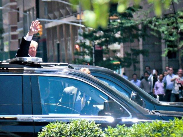 Trump Limo AP PhotoBebeto Matthews