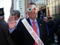 NEW YORK - MAY 31: Mayor of Tel Aviv Ron Huldai waves as he wears a sunglasses to celebrate the 100th birthday of the city of Tel Aviv before marching at the annual Salute to Israel Parade May 31, 2009 in New York. Thousands marched up Fifth Avenue to celebrate …