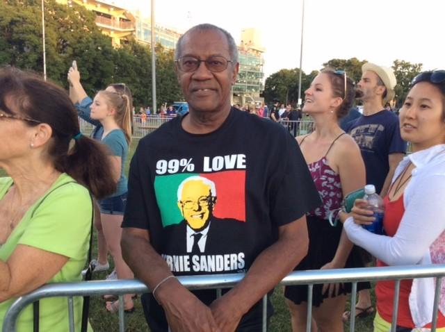Bernie Sanders supporter (Adelle Nazarian / Breitbart News)