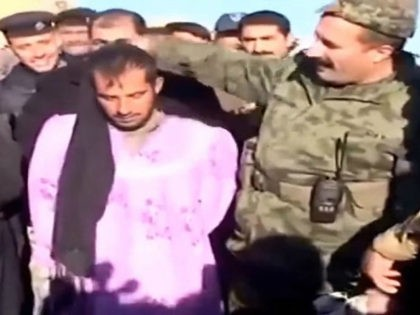 Report: Islamic State Jihadists in Drag Busted Hiding Among Fallujah Civilians