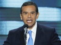Antonio Villaraigosa (J. Scott Applewhite / Associated Press)