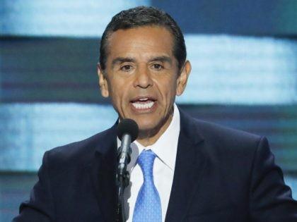 Antonio Villaraigosa (J. Scott Applewhite / Associated Press)