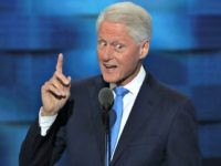 Bill Clinton Delivers Rambling Speech Full of Personal Anecdotes from Decades Past