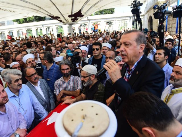 Erdogan (Burak Kara / Getty)