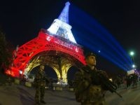 Paris Tourism Falls 1.5 Million in 2016 after Terror Fears, Costs Economy €1.3 Billion