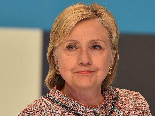Presumptive Democratic presidential nominee Hillary Clinton attends a town hall with about 100 millennials who are digital content creators and social media influencers, June 28, 2016, at Neuehouse in Hollywood, California. / AFP / Robyn BECK (Photo credit should read ROBYN BECK/AFP/Getty Images)