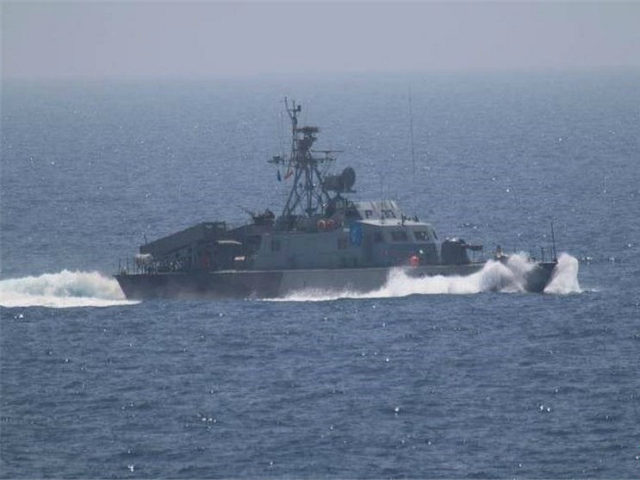 One of the five military vessels from Iran's Revolutionary Guard Corps that approached a U.S. warship hosting one of America's top generals on a day trip through the Strait of Hormuz is pictured in this July 11, 2016 handout photo. U.S. Navy/Handout via REUTERS
