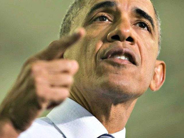 Obama finger points APPablo Martinez Monsivais