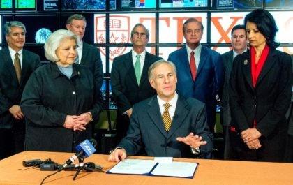 Abbott, Gov. Greg signs research funding bill 2015