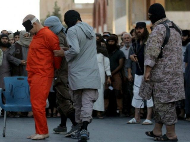 EXTREMELY GRAPHIC PHOTOS: Islamic State Beheads Men Accused of Mocking Islam, Serving 'Infidels'