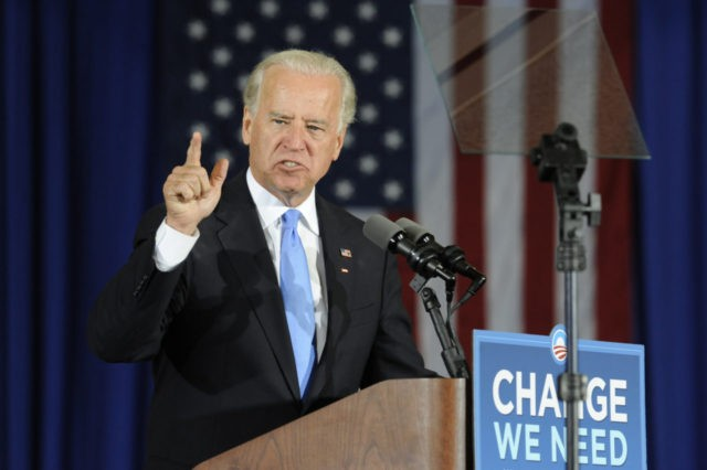 Democratic vice presidential candidate Sen. Joe Biden D- Del., rally supporters at Patrick Henry Community College in Martinsville, Va., Friday October 24, 2008. (AP Photo/Don Petersen)