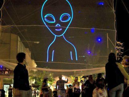 Alien Conspiracy Theories AP