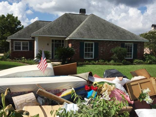 Video Devastated Louisiana Flood Victims Begin Clean Up