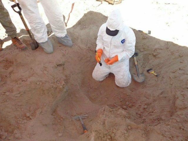 More than 3K Human Bone Fragments Found in Mexican Border ... Zetas Cartel Victims